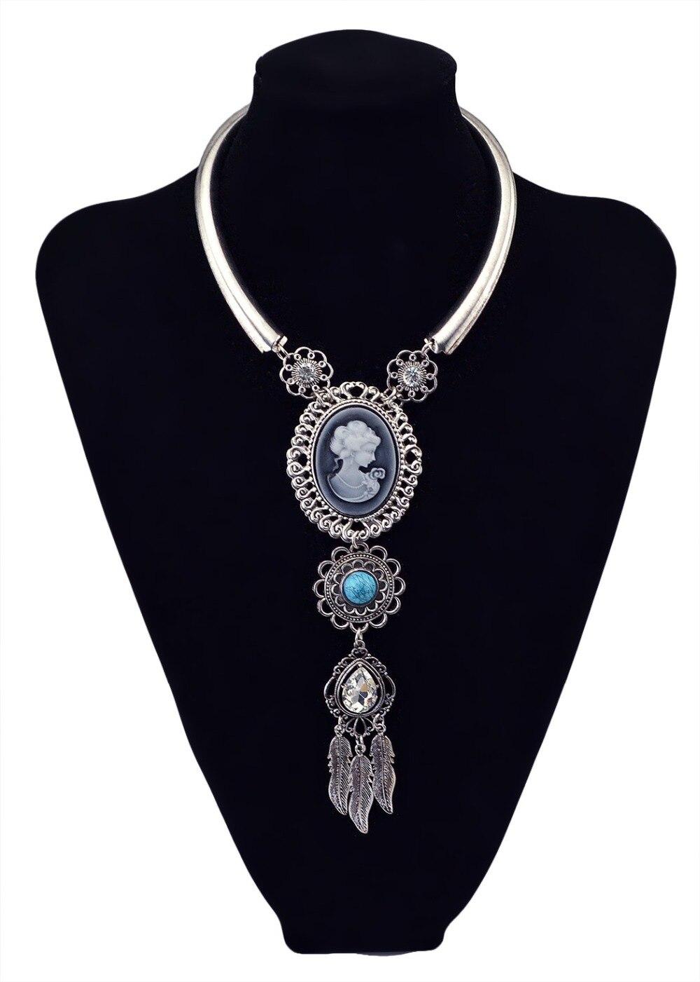 301d3261dec5e Idealway أنيقة الفضة الذهب مكتنزة سلسلة خمر المرأة المختنق المريله قلادة  الأزرق جوهرة ستون ورقة الملكة رئيس قلادة قلادة