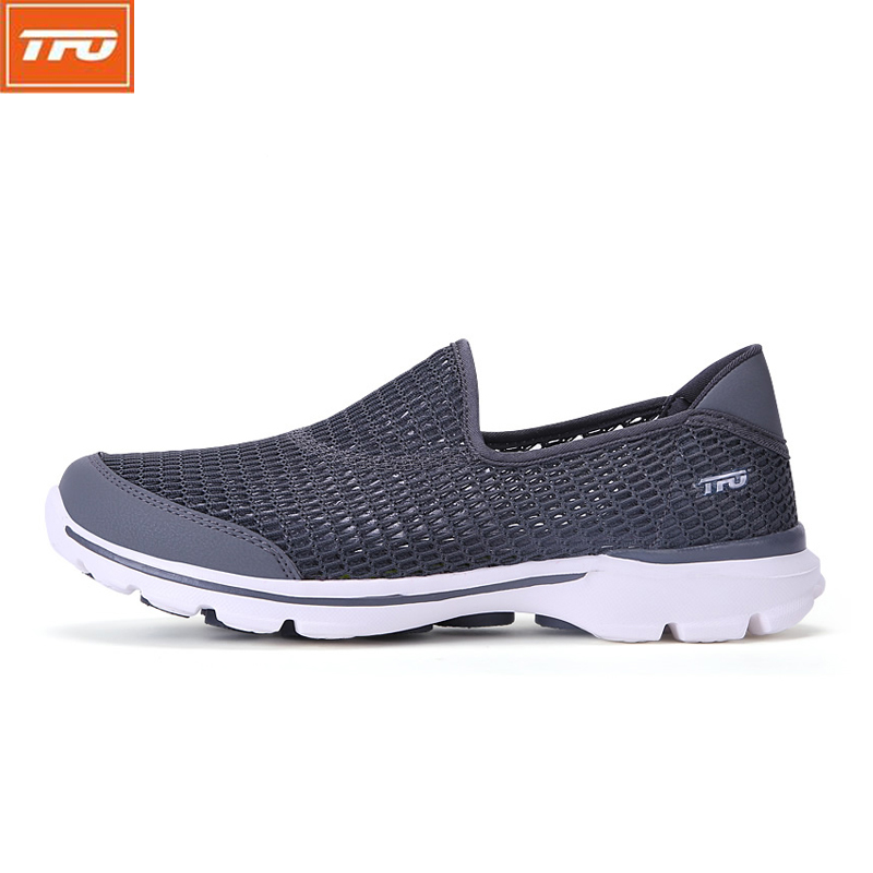 TFO Walking Shoes Slip-On Light Weight Breathable Comfortable Summer Mesh Sports Shoes Sneakers 2017 Men Shoes 8E1713 вешалка настенная зми норма 7 7 крючков