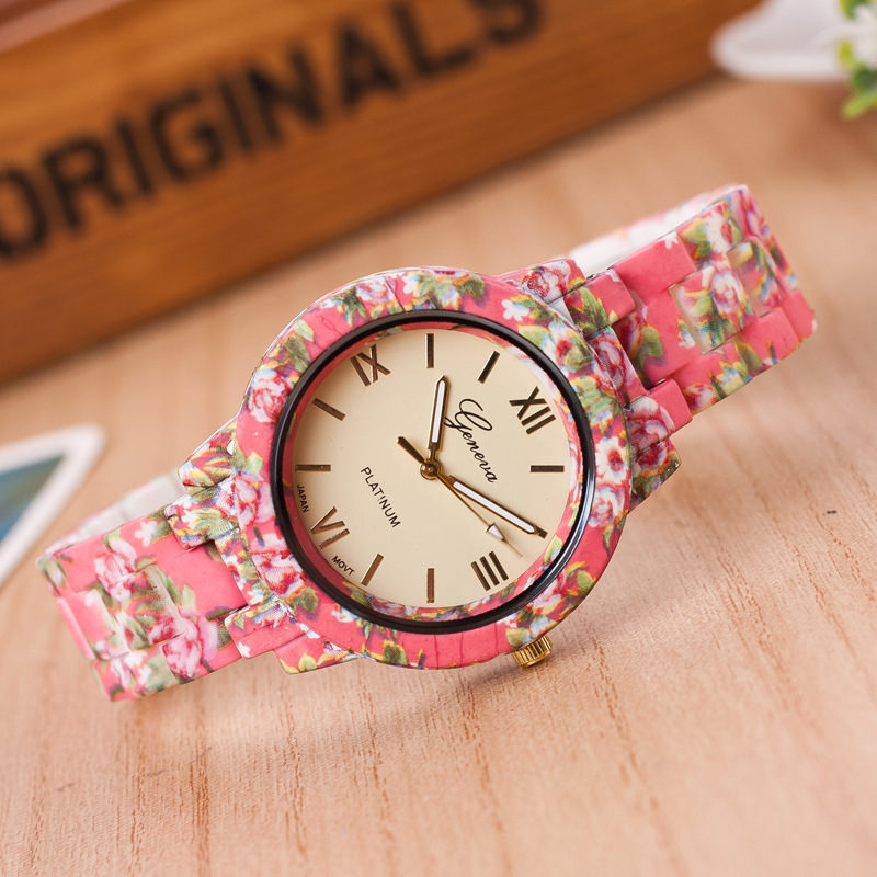 2017 Fashion Rose style Arrive Super Cool  Quartz Watch Rose Flower Print Silicone Watches Women Watch Girls Sports Wristwatches2017 Fashion Rose style Arrive Super Cool  Quartz Watch Rose Flower Print Silicone Watches Women Watch Girls Sports Wristwatches