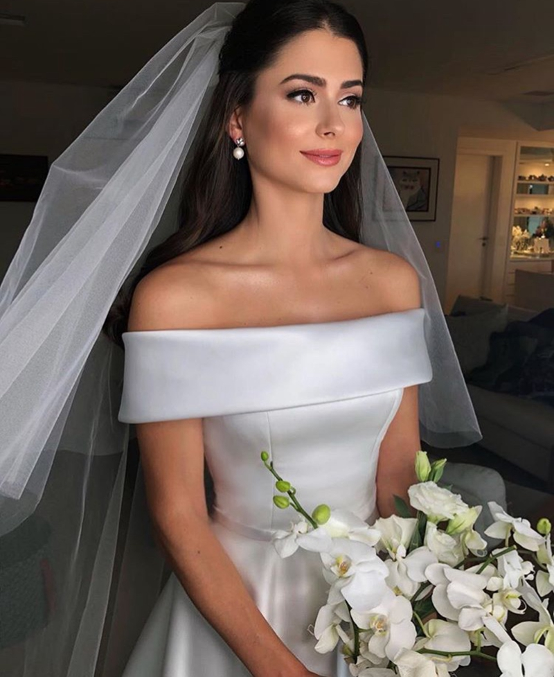 2019 New Ivory A Line Beach Wedding Dresses Elegant Plus Size robe de mariee Strapless Sleeveless Bridal Gowns vestidos de noiva in Wedding Dresses from Weddings Events