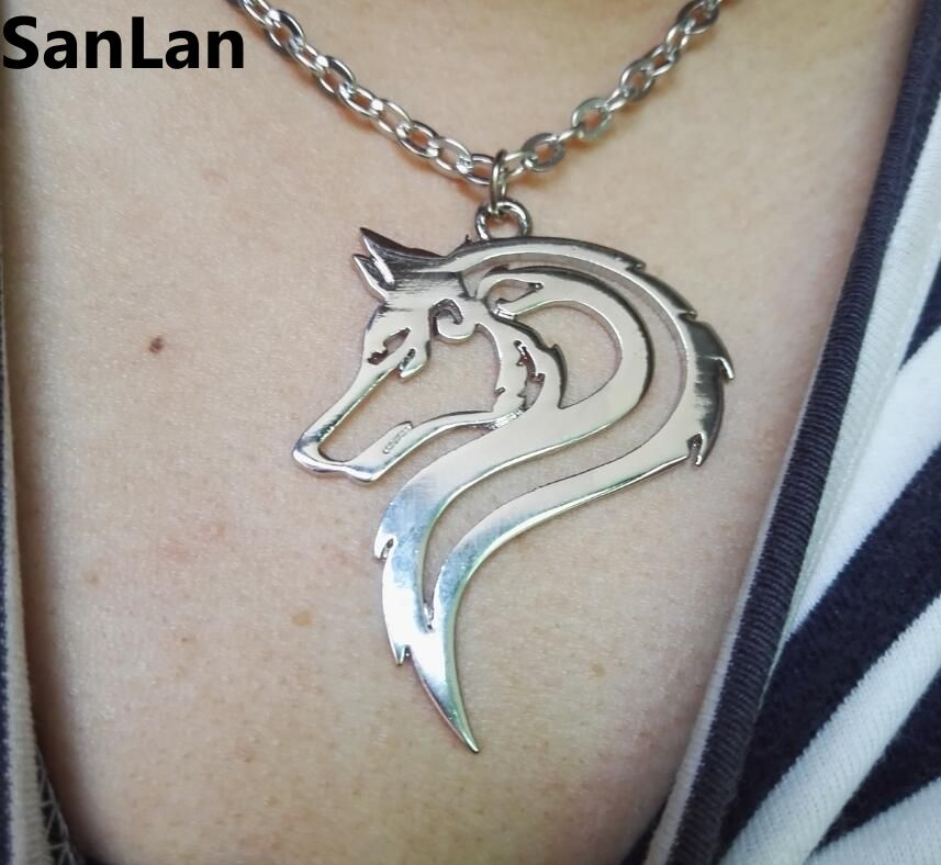 20pcs hot sell Fashion stainless steel material hand cut jewelry Wolf Necklace Animal Track Jewelry men