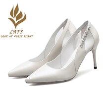 SexeMara 2017 Spring Autumn Genuine Leather Women Pumps White Black Beautiful High Heel Woman Shoes