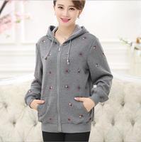 2017 primavera novas mulheres de Alta Qualidade Além De Veludo Hoodies jaquetas 4XL mulheres moda casual Plus Size bordados de Flores jaqueta casacos