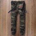 Estilo militar verde del ejército del camuflaje de los hombres del motorista jogger harem pants rap Masculino ocasional del remiendo flaco pantalones de mezclilla pantalones Largos