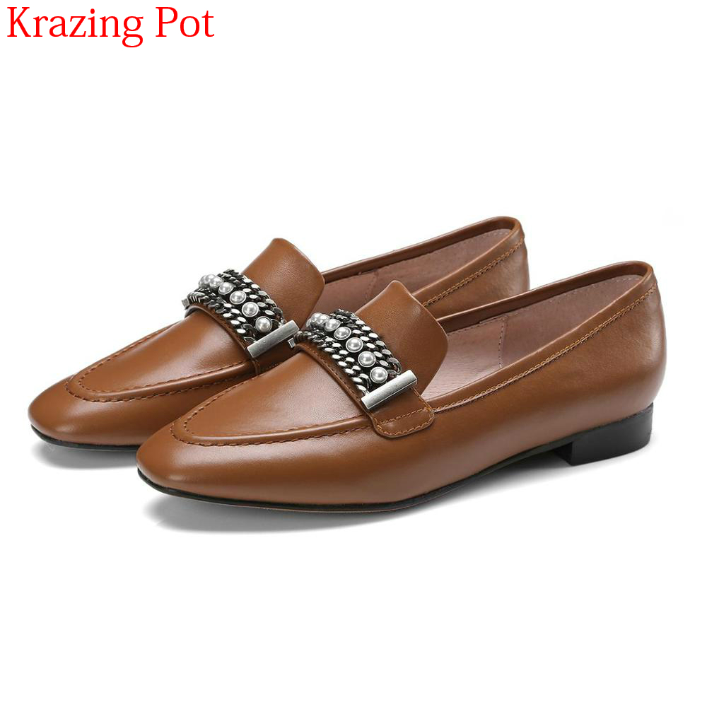2018 New Arrival Genuine Leather Women Flats Square Toe Casual Shoes Slip on Chain Preppy Style Pearl Sexy Metal Retro Shoes L34