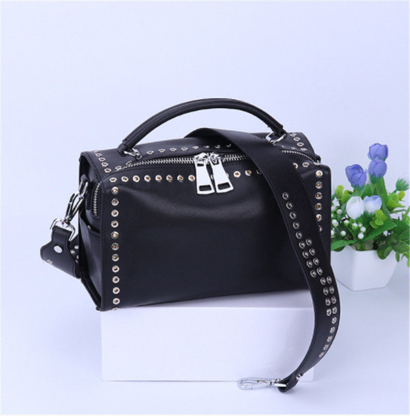 B0179 women bags designer new European geniune leather handbags wide shoulder strap fashion rivet messenger bag Boston pillow soft cowhide genuine leather women shoulder bags fashion handbags simple european style boston messenger bag pillow female packs