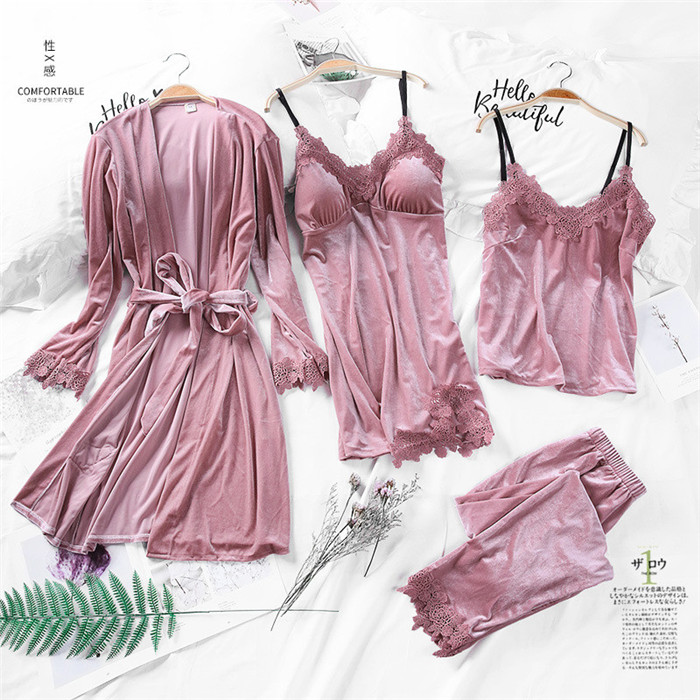 2019 Winter Gold Velvet 4 Pieces Gown Sets Pajamas Sets Women Sexy Lace Robe Pajamas Sleepwear Kit Sleeveless Nightwear Autumn 27
