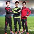 2016 Inverno Nova moda olá kitty Manga Longa Sportswear Meninos conjuntos de Fatos Crianças Esporte futebol Kits De Treinamento De Futebol