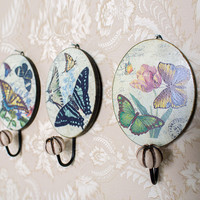 Beautiful Retro Decorative Wooden Iron Art Wall Round Butterfly Cloth Hanger Antique Hat Coat Door Hook