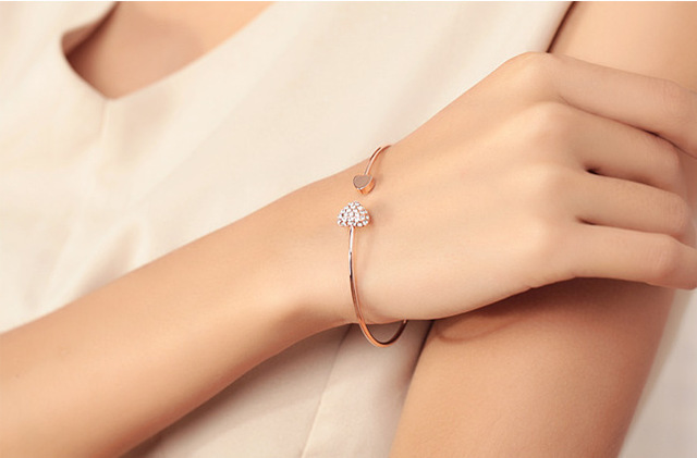 Mix wholesale.2014 New heart crystal love opening gold Siliver plated bracelet crystal bracelets bangles for women 1