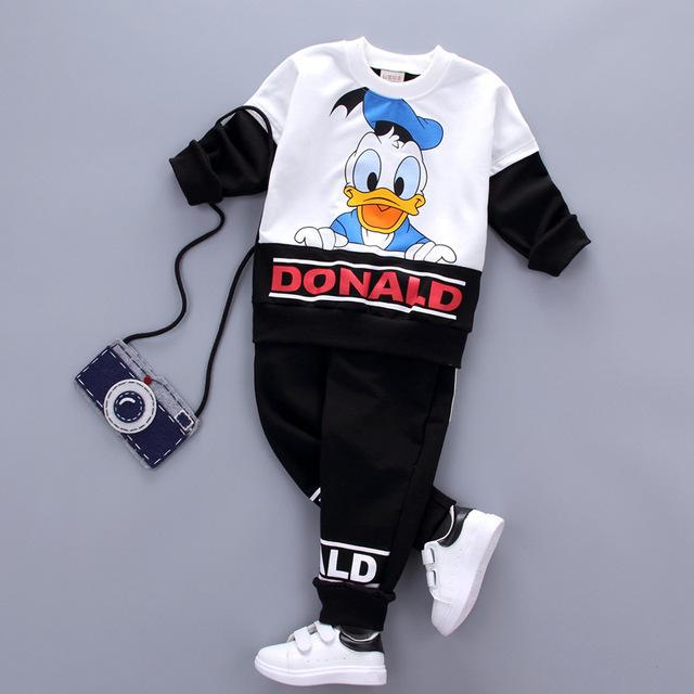 2017 nueva Primavera Otoño Bebé Niñas niños Ropa Conjuntos de Dibujos Animados T Shirt + Pants 2 Unids Infantil Casual Juegos de Los Cabritos de Los Niños de Algodón trajes