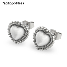 Romantic Earrings heart sharp stainless steel earrings