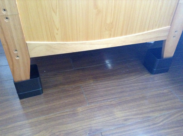 Bed Risers Set Of In Cm Or Cm Can Rise Bed Cupboard - Furniture risers for desk