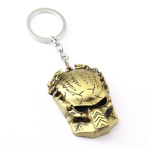 Aliens V Predator Key Chain AVP Key Rings Holder For Gift Chaveiro Car Keychain Jewelry Movie Game Souvenir YS11575