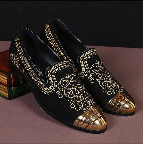 Casual Gold Embroidery Flat Shoes Men Loafers Gold Round Toe Sapato Masculino 2017 High Quality Black Genuine Leather Mens Shoes men party shoes oxfords 2015 hot men s genuine leather shoes brand sapato masculino couro social round toe palladium shoes 38 46