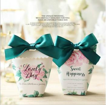 100 Pcs European Style Wedding Favors Candy Boxes Party Favors Gift Box Souvenirs Bags Paper Candy Bags With Ribbons