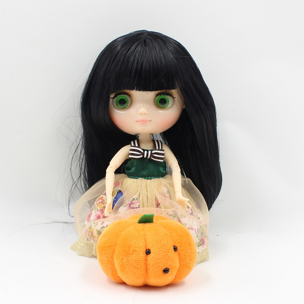Middie Blythe Doll Jointed Body Black Hair 20cm 4