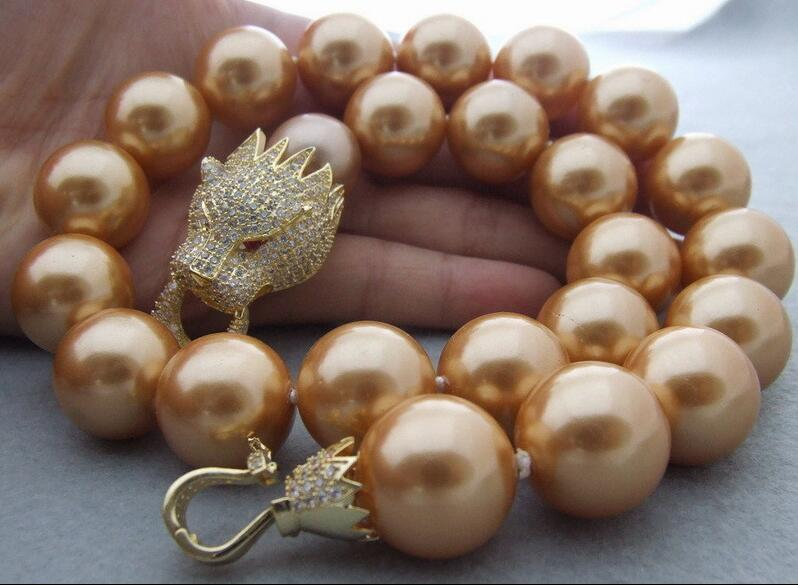 Charmant collier avec fermoir à tête de dragon CZ 18mm avec perle de coquille 18