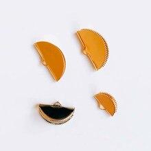 10 pcs Frisos Tampas para Cordão De Couro Liso de Metal Branco K Cor De Ouro aa0f572bf1c