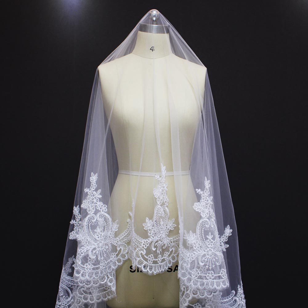 2017 echte foto's luxe lange 5 meter kantrand een laag bruiloft - Bruiloft accessoires - Foto 2