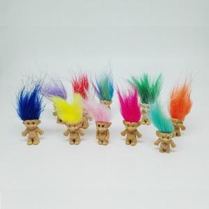Image 2 - 5 pz/lotto Colorful Capelli Bambola Troll I Membri della Famiglia Papà Mamma Del Bambino Della Ragazza del Ragazzo Diga Trolls Figura Giocattolo Regali di Famiglia Felice