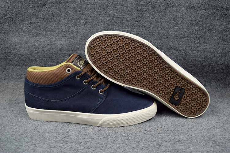 ФОТО US 5-11 GLOBE MAHALO MID Shoes Light Weight Navy/Brown Anti-Fur Footwear Summer Low Top Shoes Sizes6-11 Available