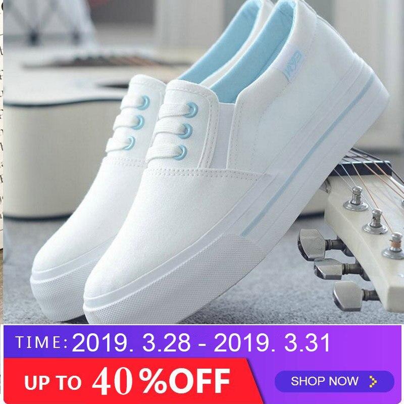 Women Flats Shoes 2018 Women Casual Shoes Flats White Black Women's Canvas Shoes Slip-On Solid Color Spring Fashion Shoes SB-56