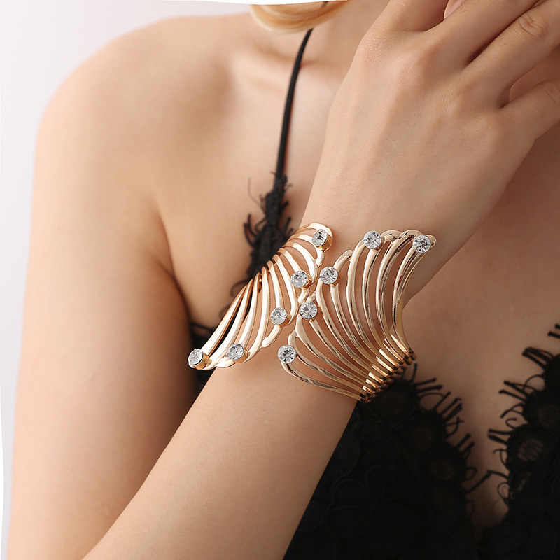Creative Wing Feather Shape Ten Little Shiny Crystal Alloy Bangles Golden For Women