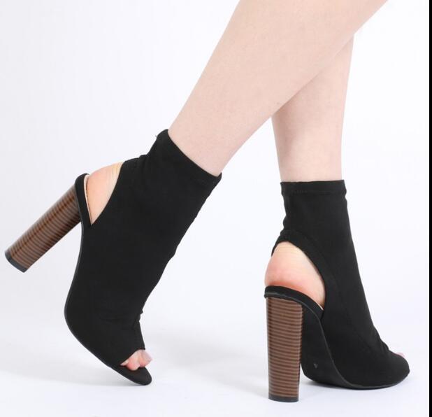 80d0d15831a 2017 nueva moda sandalias de tacón alto sexy botas de tejido elástico  botines punta abierta recortes tacones gruesos botas del ejército negro  verde en ...