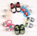 2016 Nueva Moda de los animales de impresión Bebé de Cuero de Vaca Mocasines de Suela Blanda Zapatos Del Bebé Recién Nacido Niña zapatos Niños Primeros Caminante