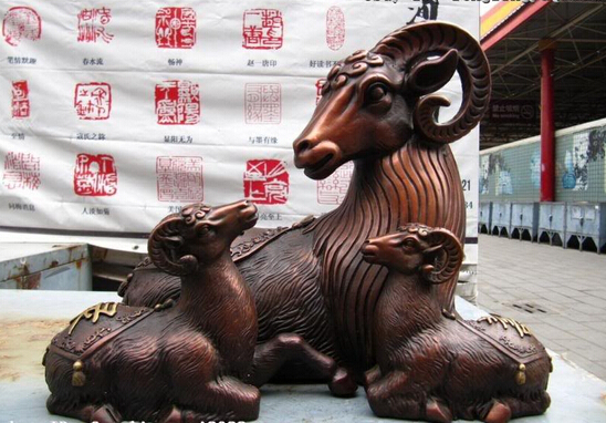 008014 China Folk Pure Bronze Copper Carved lovely Lucky mother Three goat Sheep Statue008014 China Folk Pure Bronze Copper Carved lovely Lucky mother Three goat Sheep Statue