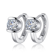 2017 High Quality Fashion Jewelry silver plated Earring For Women Angel Kiss Crystal Jewelry Stud Earrings