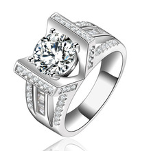 HUITAN Classic Wedding Band Dazzling Shiny Brilliant Crystal CZ Stone Prong Setting Engagement Ring For Women Factory Sale
