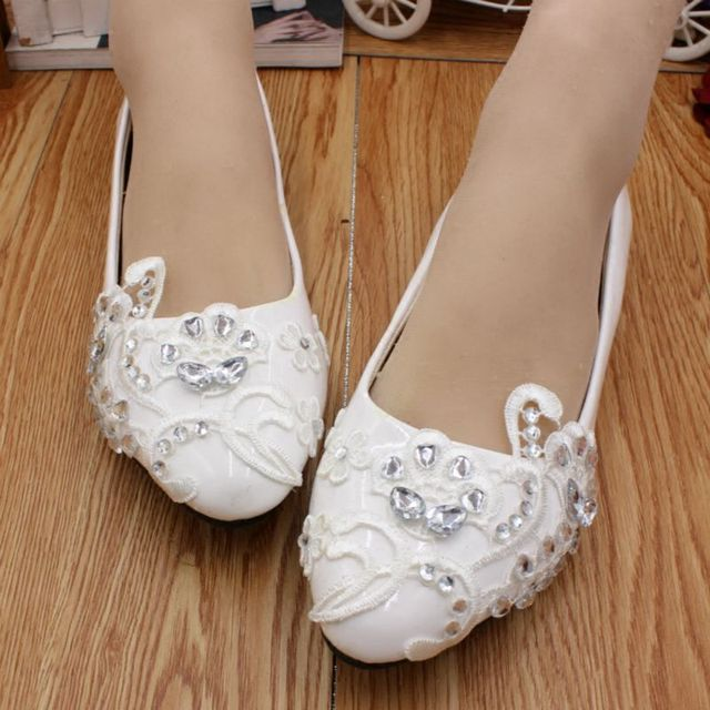 White lace wedding shoes woman flat heel round toe slip on bridal wedding  flats customized different heel party dress shoe HS057 88db0c2a9296