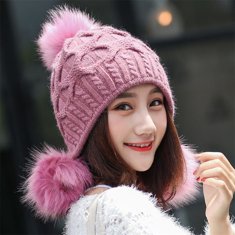 2017 Winter new lady hat casual three balls rabbit hair hat fashion sweet and lovely thick warm ear protection knitted hat whole rabbit hair lady autumn winter new weaving small pineapple fur hat in winter to keep warm very nice and warm comfortable