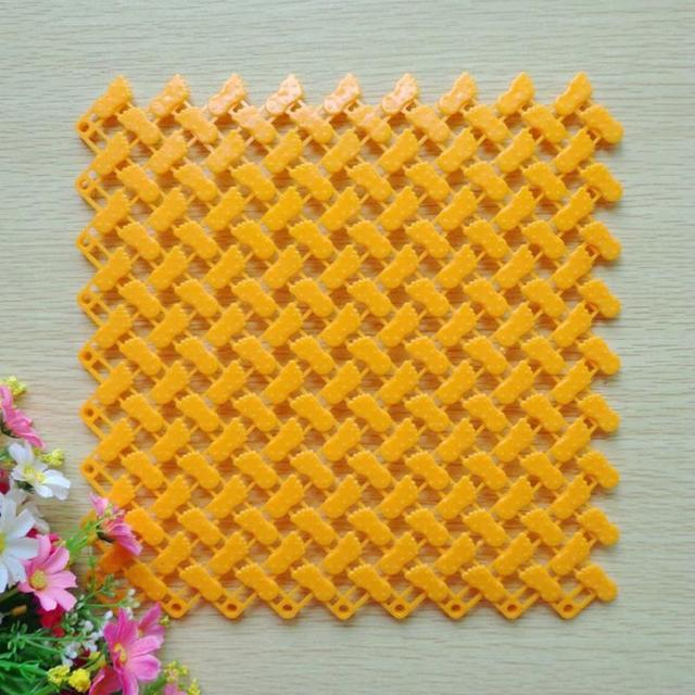 24.5*24.5CM DIY Carpet Candy Color PE Bath Mats Easy Bathroom Toilet Massage Carpet Shower Room Rubber Non-slip Mat Pad