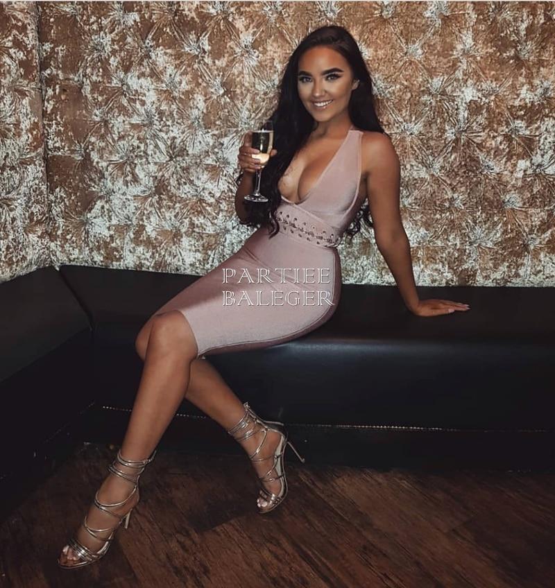 Sexy Profond Sans De Rose Nouvelle Manches Dessus En Partie 2019 V Up Lace Col Arrivée Bandage Taille Chic Du Retour Croix Célébrité Genou Robe fw0Yq7
