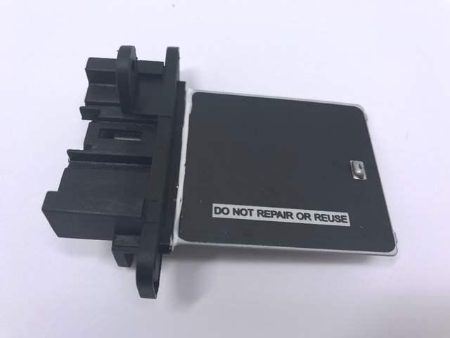 US $11 0 |New Air conditioning Installation Motor Fan Resistor Controller  Heater Blower Resistor Regulator For Nissan Sunny 27150 4M401-in