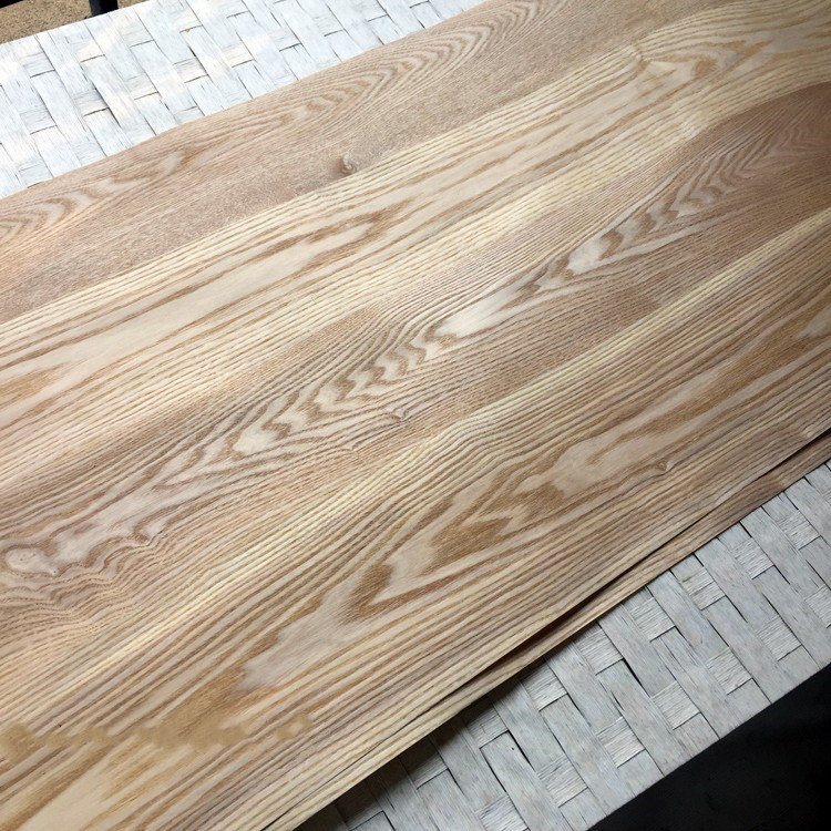 Natural Veneer Wood Veneer Sliced Veneer With Non-woven Tissue Fraxinus Mandshurica Rupr. Manchurian Ash About 60cm X 2.5m C/C