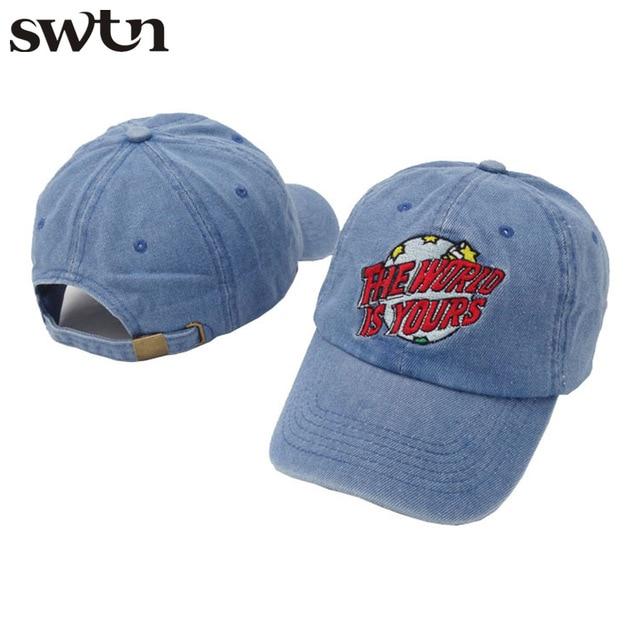 SWTN Nuovo Modo di Disegno The World Is Yours lettera ricamo cappello Caps  Uomini Donne Papà b469a9f68c49