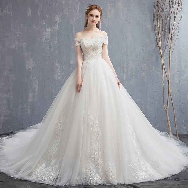 0a5a8f8495 Applique Lace Vintage Wedding Dress 2019 New Off Shoulder Bride Dress  Princess Dream Wedding Gown China