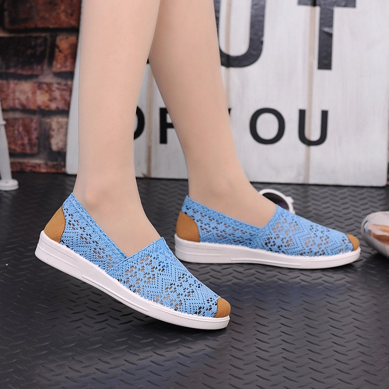 Free Shipping Women Casual Shoes Spring Summer Hollow Lace Flat Shoes Breathable Soft Women Shoes HSE12 (1)
