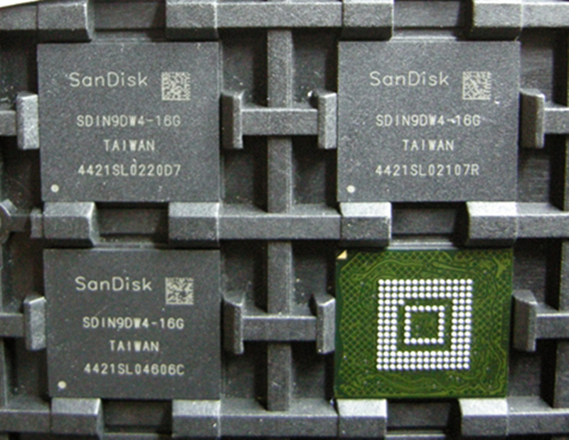 (1PCS) (2PCS) (5PCS) (10PCS)  100%  new original SDIN9DW4-16G  BGA   memory chip 1pcs 2pcs 5pcs 10pcs 100% new original kmr310001m b611 bga memory chip