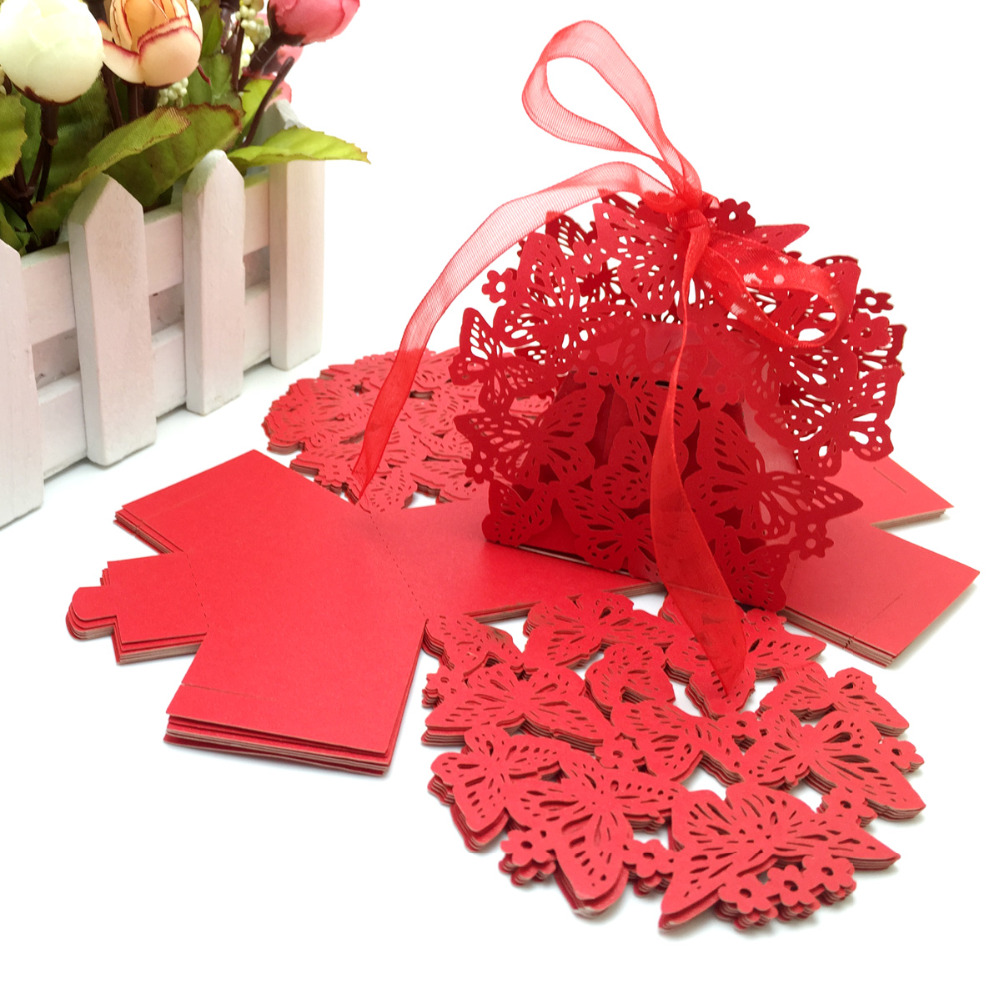 100 Pieces Red Color Romantic Wedding Favor Box With Organza Dasi Bowtie Tie Knit Slim Best Man Self Bow Purple Flower Ribbon Birthday Party Laser Cut Butterfly Candy Boxes