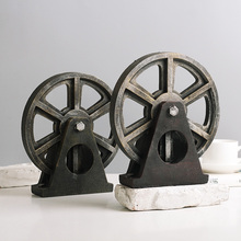 American restore ancient ways LOFT industrial Style Resin wheel Model coffee shop desktop Home Decoration