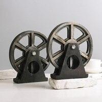American restore ancient ways LOFT industrial Style Resin wheel Model coffee shop desktop Home Decoration