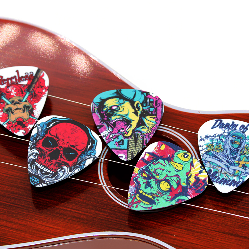 50pcs Acoustic Electric Guitar Picks Plectrums+1 Large Plastic Picks Hold Rock darkness Skull FreeShipping 2S3-12
