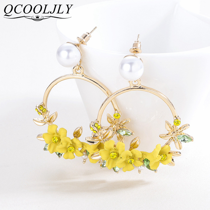 QCOOLJLY <font><b>Trendy</b></font> <font><b>Cute</b></font> <font><b>Pink</b></font> Yellow <font><b>Flower</b></font> <font><b>Earrings</b></font> <font><b>For</b></font> <font><b>Women</b></font> Girls Jewelry Female Rhinestone Gold Metal Round Circle Drop <font><b>Earrings</b></font> image