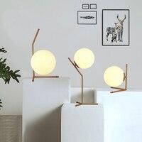 Modern cam masa lambaları küresel armatürleri İskandinav basit yatak odası başucu yaratıcı dekoratif masa lambası tafellamp lampen