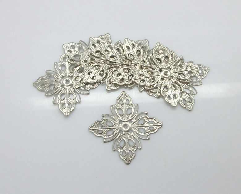 20 pcs enfeite achados tons de prata quadrado padrão de folha oca de metal artesanato presente decoração diy 25mm x 25mm f1186